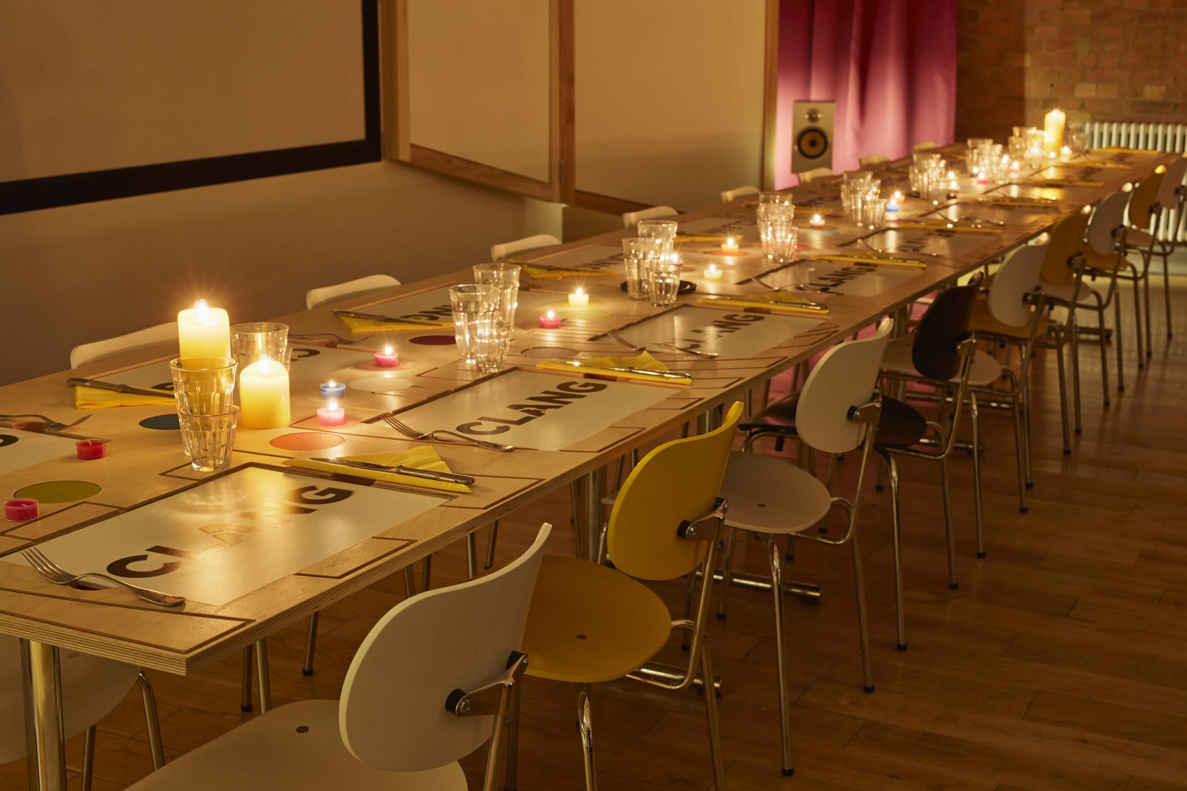 14. Sto_Klassnik_Acoustic Dining Table